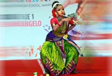 Bharatanatyam dance with Kalaripayattu shows